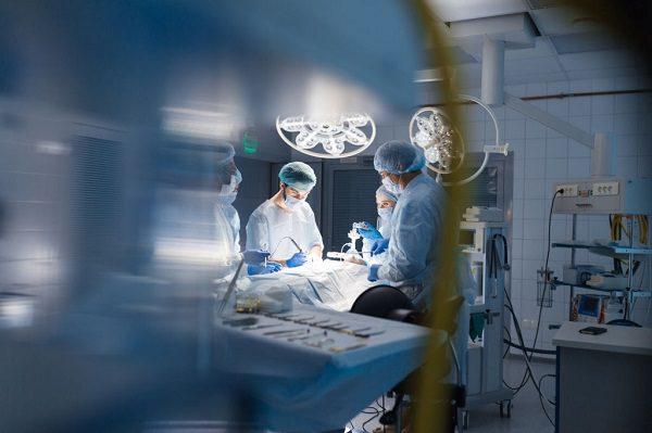 Người Phẫu Thuật Không Nên Giảm Cân