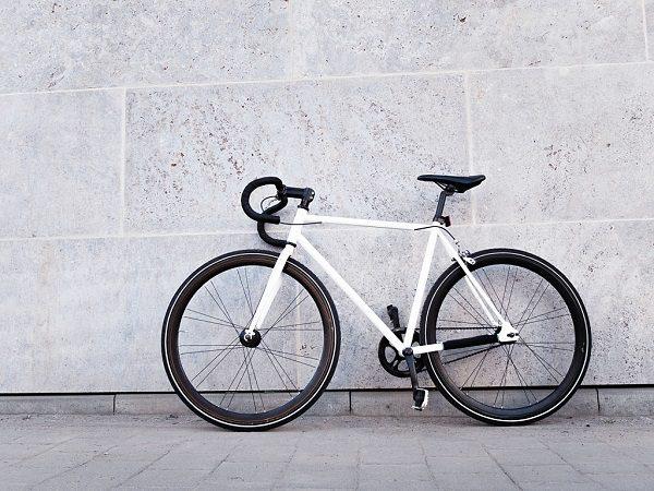 Xe Đạp Không Thắng (Fixed Gear Bike)