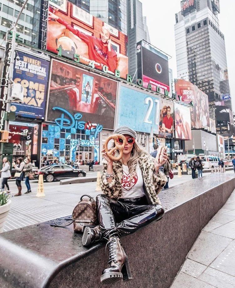 Quảng Trường Thời Đại- Times Square