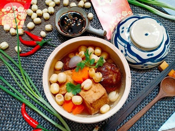 Món Chay Ngon - Canh Nấm Hạt Sen Chay