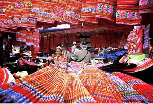 Phiên Chợ Vùng Cao