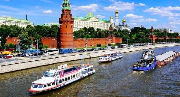 Sông Matxcova Và Sông Neva