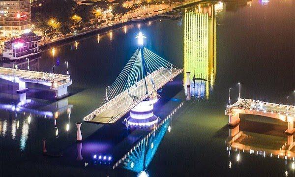 Cầu Sông Hàn Quay