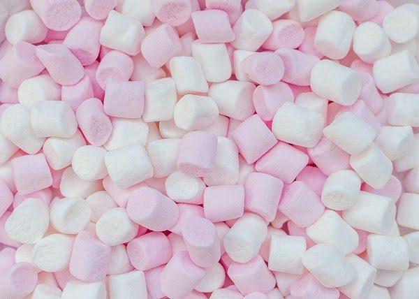 Ăn Kẹo Mềm Marshmallow Trị Hóc Xương Cá